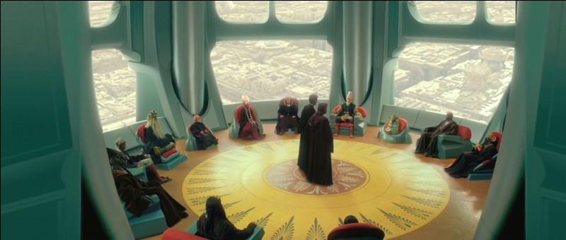 Combien de Maîtres Jedi ont siégé en permanence au sein du Haut Conseil de l'Ordre Jedi depuis les événements de l'épisode 1 jusqu'à l'ordre 66 ?