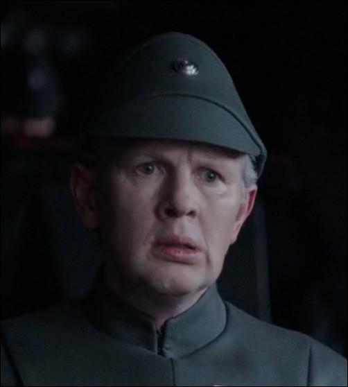 Quel est le nom du commandant des troupes de l'Empire au sein du Complexe de sécurité impérial de SCARIF (citadelle notamment) ?