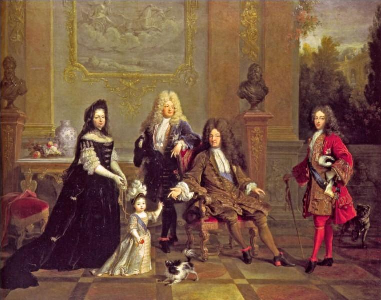 Vers la fin de sa vie, il ne lui reste qu'un arrière-petit-fils, le petit duc d'Anjou, le futur Louis XV. Qui l'a sauvé des médecins ?