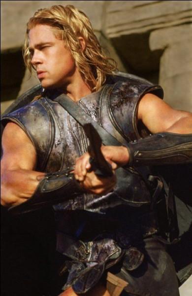 Dans un film américain de 2004 portant le nom de cette ville, Brad Pitt incarne Achille. Quelle est cette ville ?
