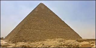 Pays : Quelle est la hauteur de la pyramide de Khéops en Égypte ?