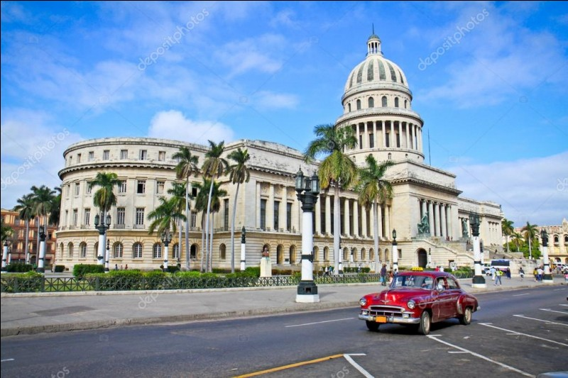 Dans quelle capitale se trouve ce monument, repère très important pour le pays ?