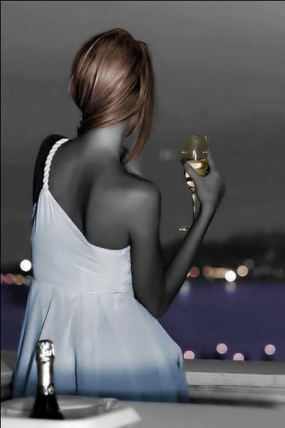 """Qui chantait """"Ce soir je t'emmène, on va faire la fête tous les deux, la fête charnelle avec les plus belles"""" ?"""