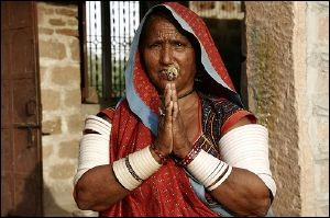 """Que signifie le mot hindi """"namasté"""" en français ?"""