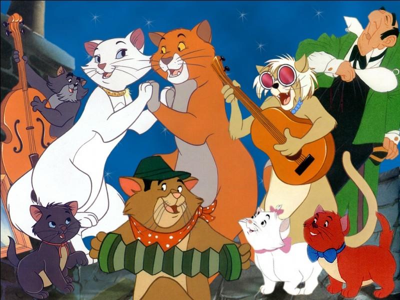 Dans ce film animé, les chats dansent et chantent.