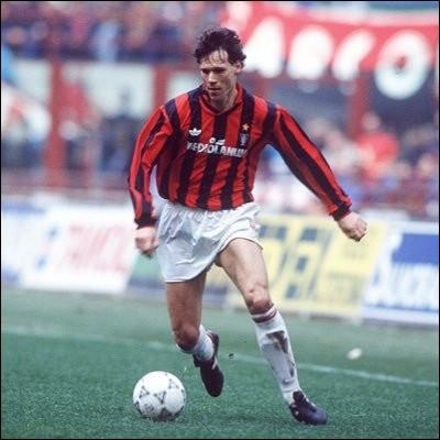 Et la double particularité du podium de 1988, année où Marco van Basten est ballon d'or ?
