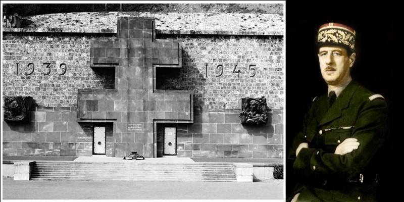 Parlons, maintenant des dates de l'existence de la « France libre » ! Bien sûr, l'Appel du 18 juin 1940 est considéré comme la date fondatrice de la « France libre ».Mais quelle est la date marquant sa fin d'existence ?