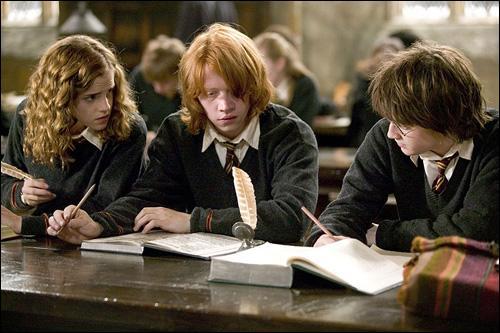 Quels sont respectivement les deuxièmes prénoms de Harry, Ron et Hermione ?
