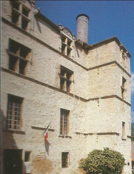 Il a été construit par Pierre de Glandevès.