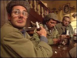 ''Un groupe de loups c'est une horde ; un groupe de vaches c'est un troupeau ; un groupe d'hommes c'est souvent une bande de cons.''Quel Belge a dit cette phrase ?