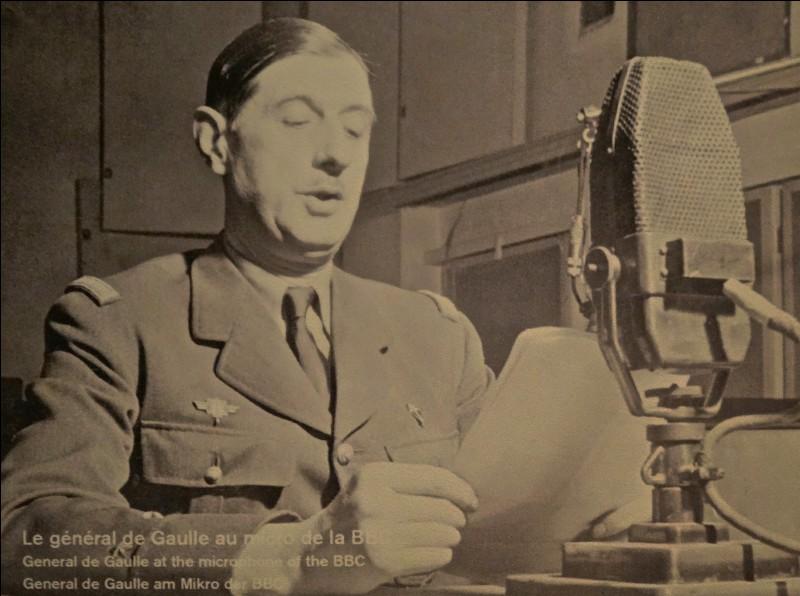 Sur quelle célèbre radio le général de Gaulle lance-t-il son appel ?