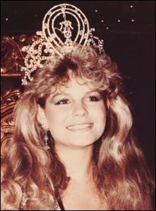 Quel pays représentait Lorraine Downes est la 32ème Miss Univers élue en 1983 ?