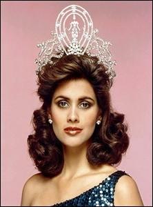 Deborah Carthy-Deu est la 34ème Miss Univers élue en 1985, quel pays représentait-elle ?