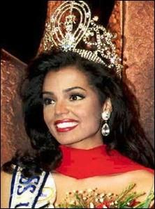 Chelsi Smith est la 44ème Miss Univers élue en 1995, quel pays représentait-elle ?