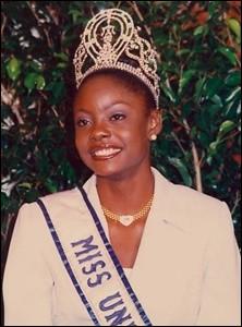 Wendy Fitzwilliam est la 47ème Miss Univers élue en 1998, quel pays représentait-elle ?