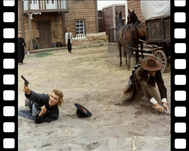 """Notre""""Jojo"""" joue les Clint Eastwood, dans un western mis en scène en 1969 par Sergio Corbucci. Quel est ce film au duel final très surréaliste ?"""
