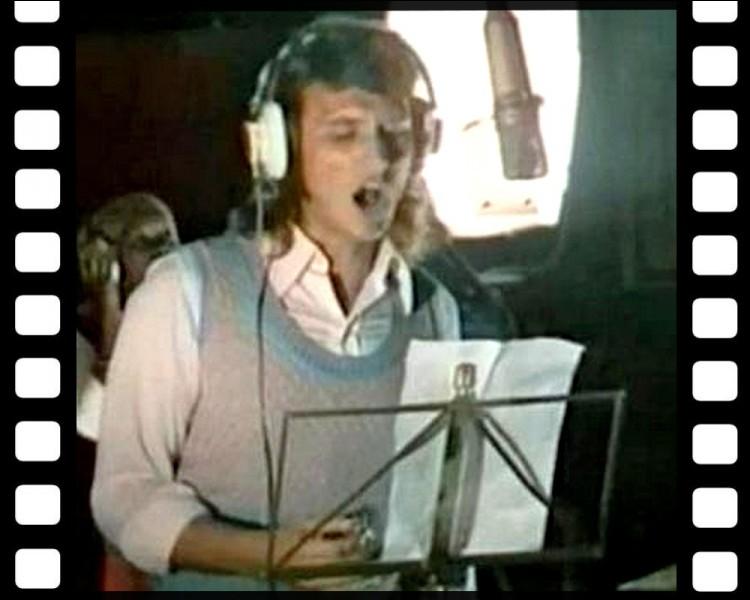 """Quel autre chanteur partage avec Johnny le générique du film """" L'Aventure c'est l'aventure """" de Claude Lelouch en 1972 ?"""