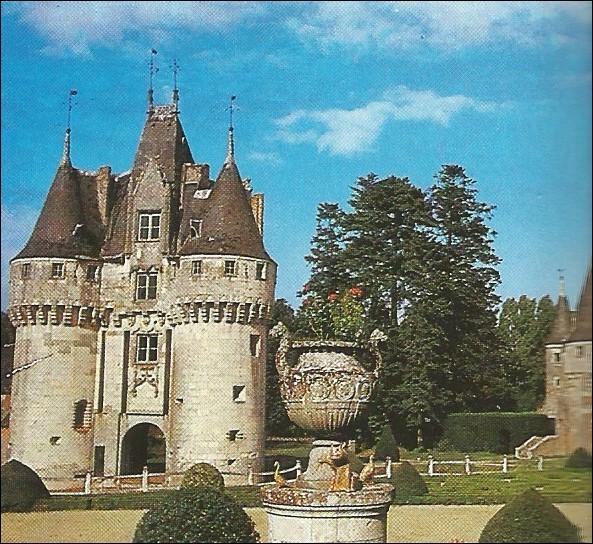 Quel nom porte ce château d'Eure-et-Loir ?