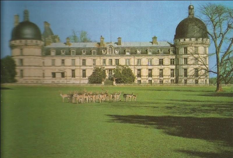 Le musée Talleyrand se trouve à...