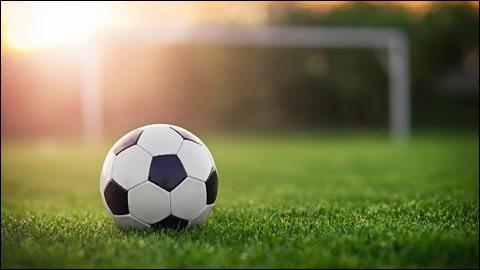 2018 nous apportera également, on l'espère, la coupe du monde de football, qui se déroulera en Russie. Quel pays avions-nous affronté en dernier en 2014 ?