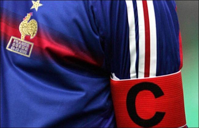Il sera le capitaine de l'équipe de France :
