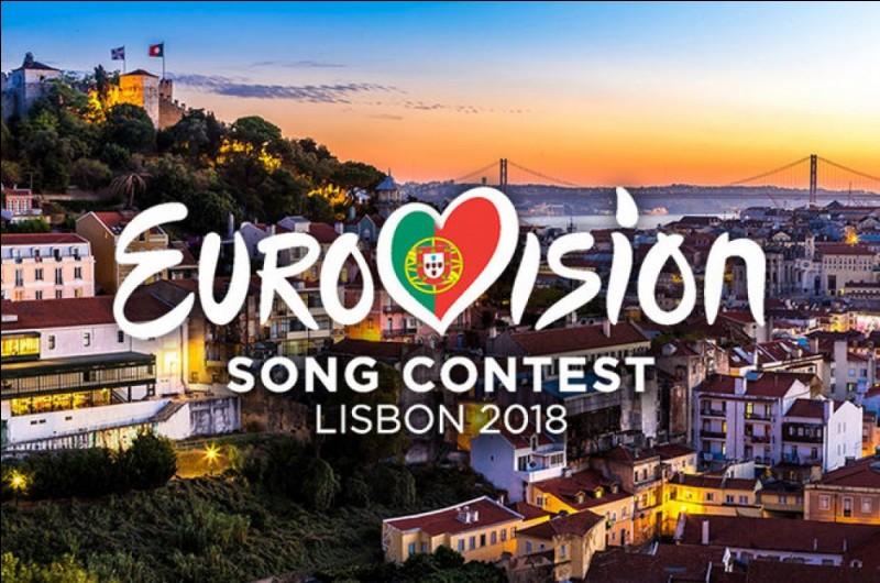 Samedi 12 mai. C'est la finale du concours Eurovision de la chanson. Quels jours les demi-finales se tiendront-elles ?
