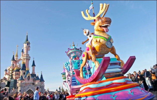 Première question sur le lieu le plus visité en France : il s'agit bien sûr du parc d'attractions de la petite souris, Disneyland Paris ! Ce parc ouvert en 1992 a près de 15 millions de visiteurs par an. Le symbole de ce parc est un château monumental. À quelle princesse appartient-il ?