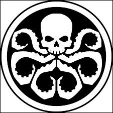 Qui a subi un lavage de cerveau par Hydra?