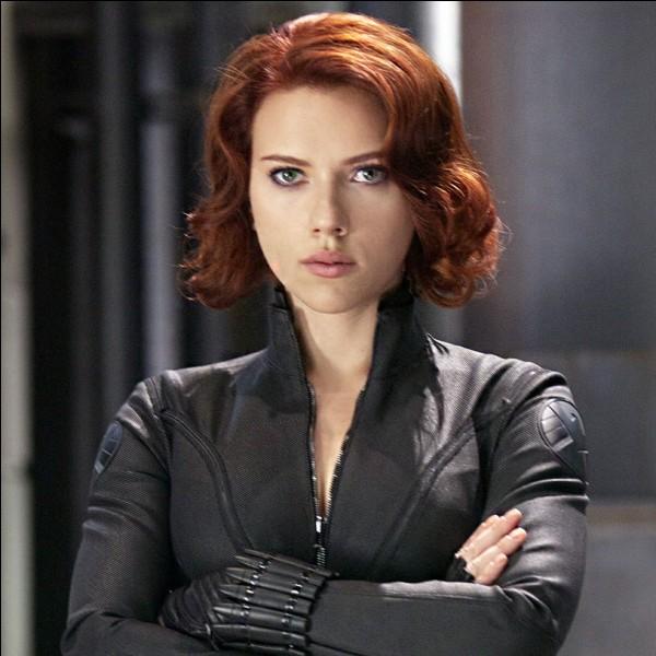 Qui devait tuer Natasha Romanoff mais a décidé de lui sauver la vie?