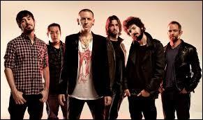 Sélectionne le nom du chanteur membre du groupe Linkin Park ayant perdu la vie en été 2017.