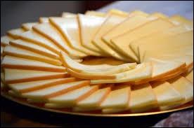 """Pour ce plat, on utilise un fromage appelé """"raclette"""". De quel pays est-il originaire ?"""