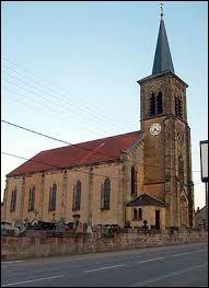 Nous commençons aujourd'hui dans le Grand-Est, à Alsting. Ville de l'agglomération de Forbach, elle se situe dans le département ...