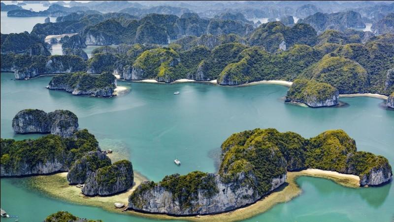 J'aimerais aller à Hanoï. Trouvez son pays.
