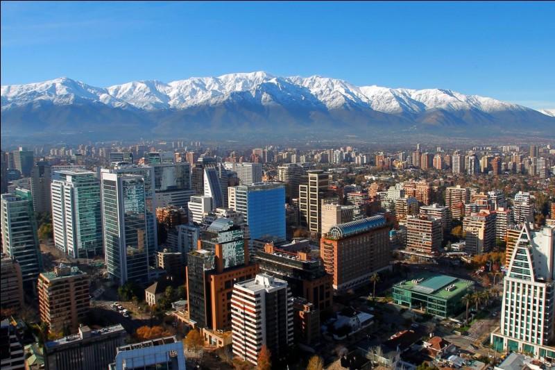 De quel pays Santiago est-elle la capitale ?