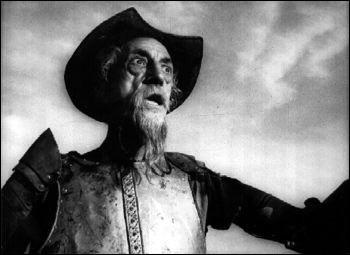 Francisco Reiguera interprète Don Quichotte dans un film réalisé par un artiste rendu célèbre par une émission de radio qui aurait causé un vent de panique à travers les Etats-Unis. Ce réalisateur est ...