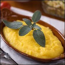 Quel est l'ingrédient de base de la polenta ?