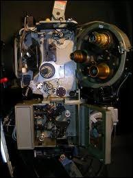 Si vous identifiez correctement cet équipement, obsolète en de nombreux cas aujourd'hui, vous reconnaîtrez ce métier. Quel est-il ?
