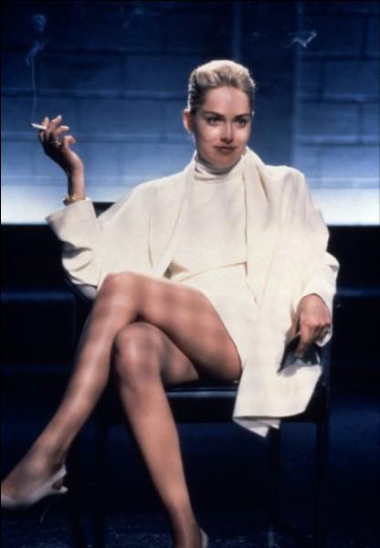 Quel était donc le métier de la sulfureuse Catherine Tramell, jouée par Sharon Stone ?