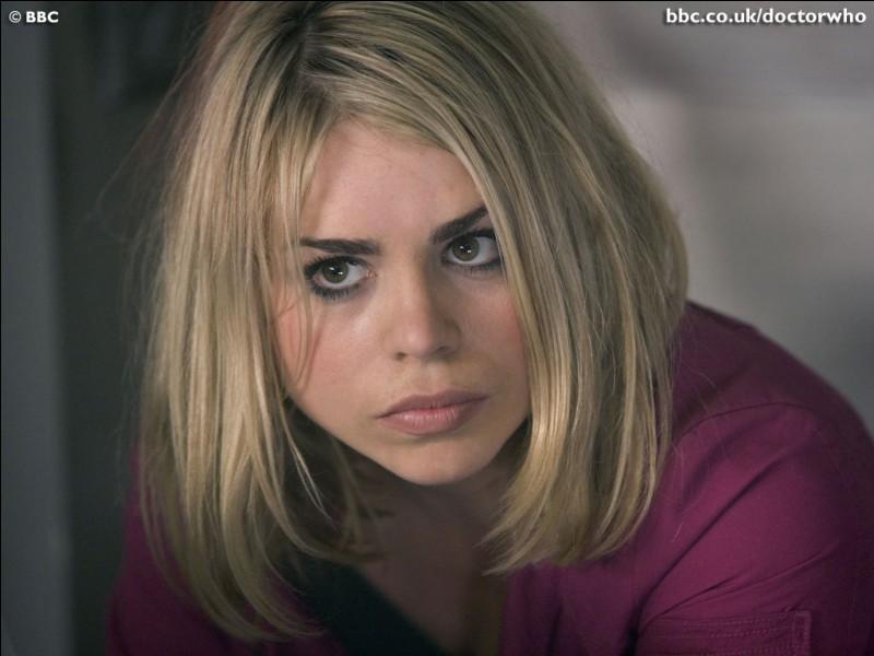 Quel est le lien entre Rose et le Doctor, à la fin de la saison 4 ?