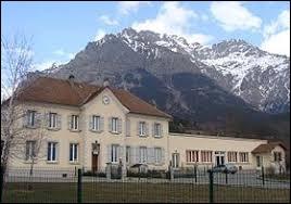 Commune des Hautes-Alpes, Les Costes se situe en région ...