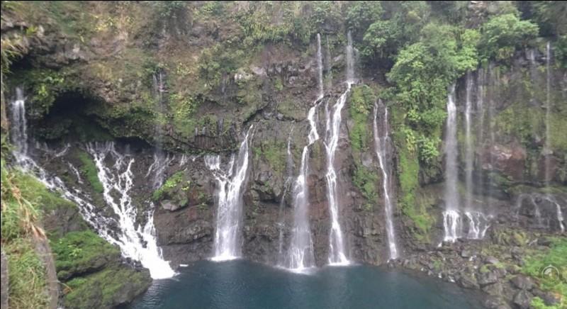 Quelle cascade ne se trouve pas à La Réunion ?