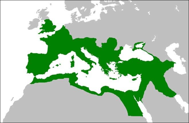 Sous quel empereur l'Empire romain est-il à son apogée territorial ?
