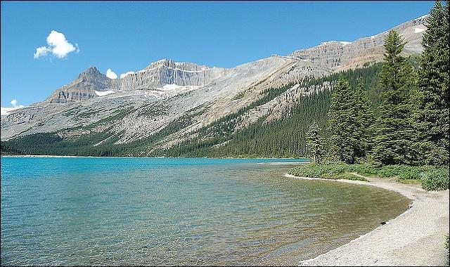 Où se trouve le lac Athabasca ?