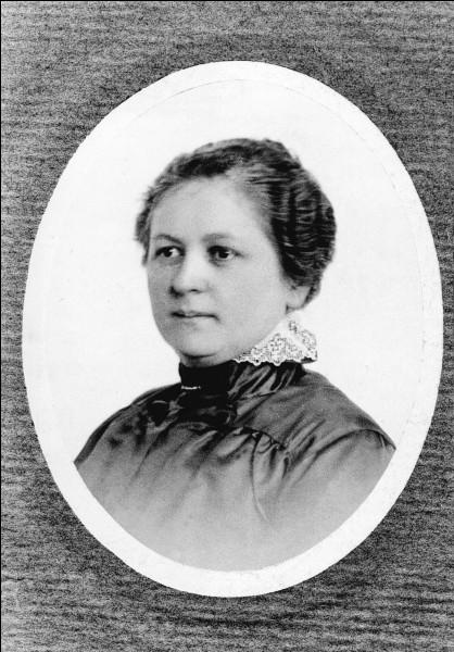Madame Bentz est une entrepreneuse allemande à qui l'on doit l'invention du filtre à café en 1908. Quel est son prénom ?