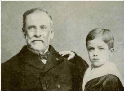Comment s'appelle ce petit berger alsacien sauvé de la rage grâce à la vaccination pratiquée sur lui par Louis Pasteur en 1885 ?