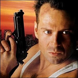 """Die Hard : Complétez """"Piège de cristal, 58 mm pour vivre"""" et..."""