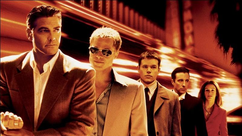 """O - Le film """"Ocean's Eleven"""" réunit de grands acteurs : George Clooney, Brad Pitt, Julia Roberts, Matt Damon, Andy Garcia."""