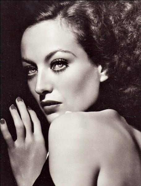 Joan Crawford a été une actrice vedette du cinéma muet et parlant.