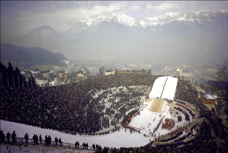 Trois villes ont été deux fois villes olympiques pour les JO d'hiver. Lesquelles ?
