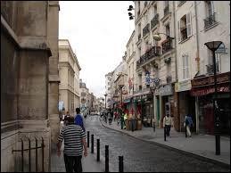 À Aubervilliers (Seine-Saint-Denis), les habitants portent le gentilé ...